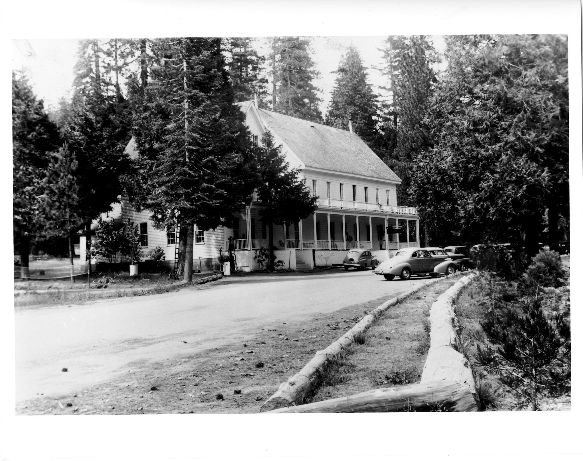 Big Trees Hotel 1941 copy