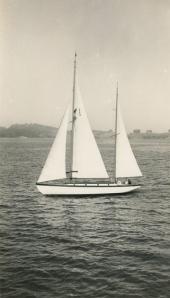 Blagen Boat in B&W