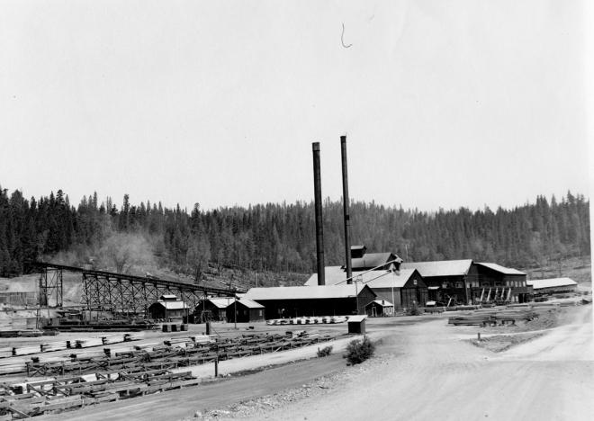 Blagen Mill w 2 stacks small