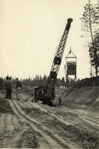 Drag line building road